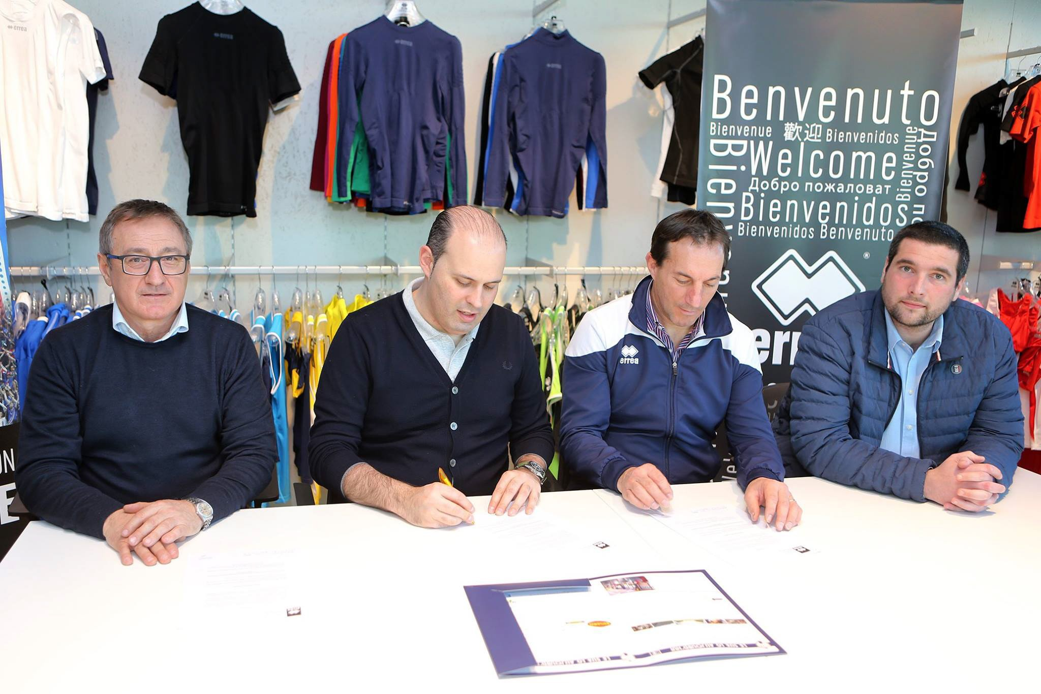 Erreà and Agen Rugby sign an extension of their contract!