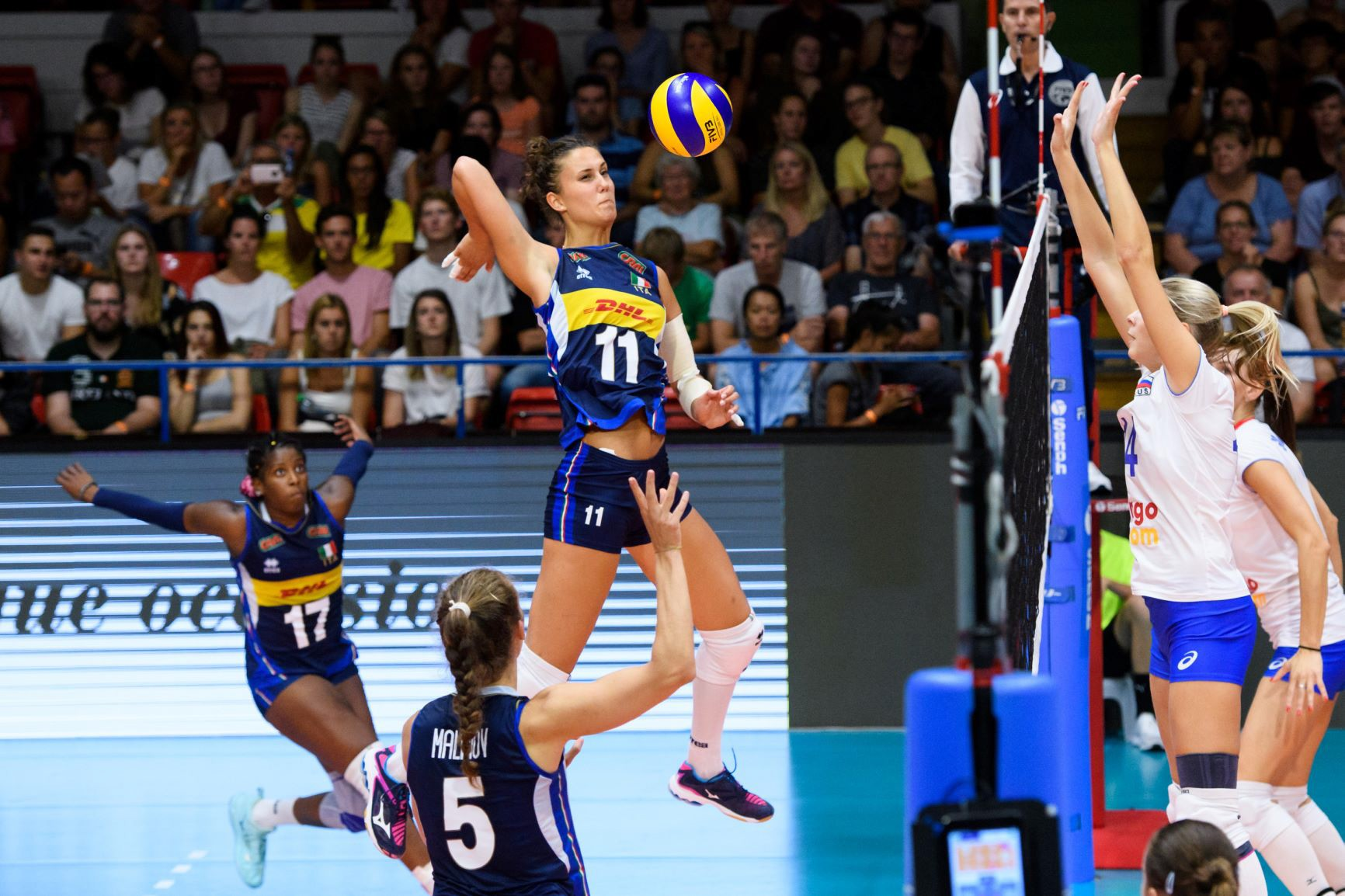 The Italian women's team pull off a wonderful victory in the Montreux Volley Masters