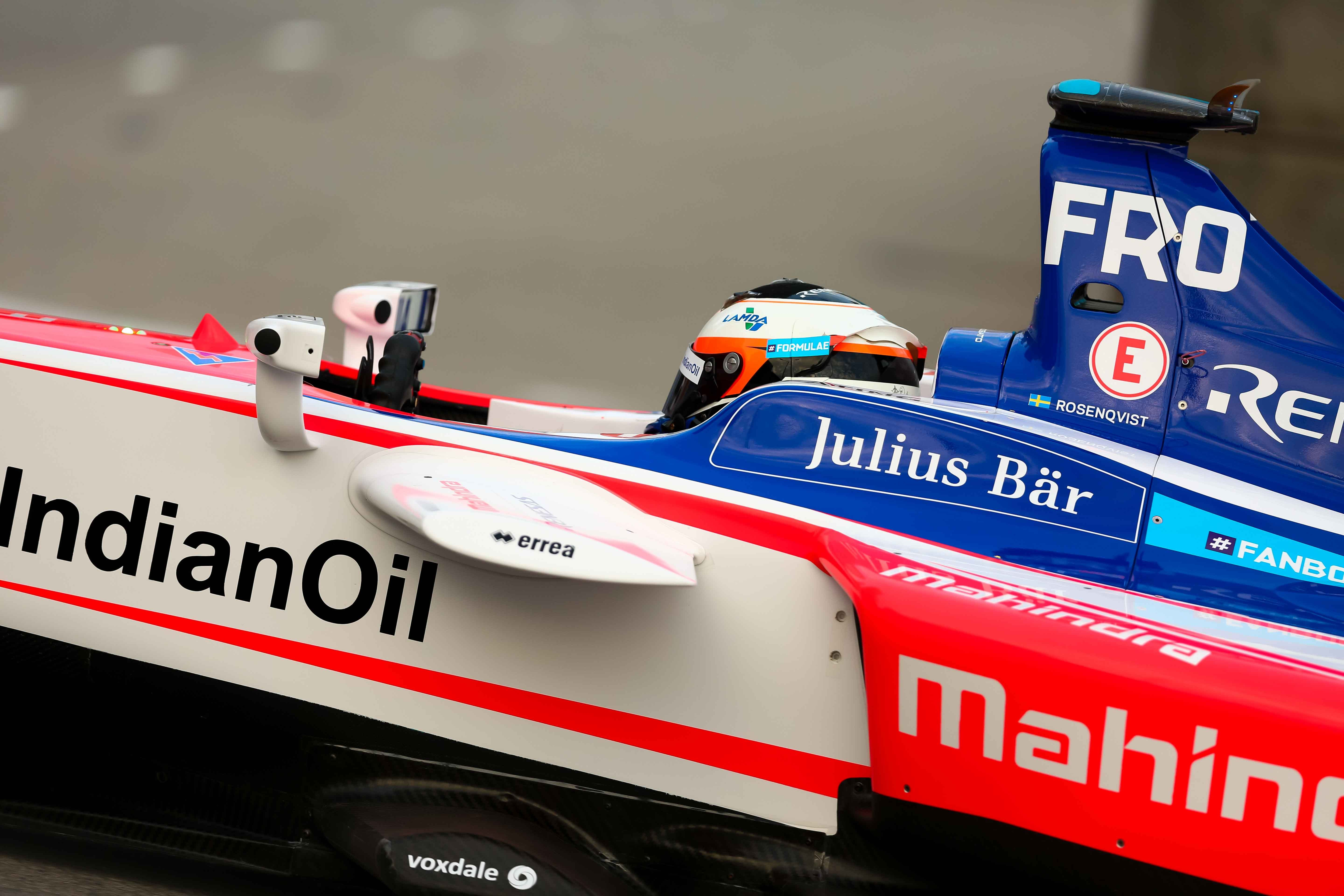 Victory for Mahindra in the first round of the Formula E Championship in Hong Kong